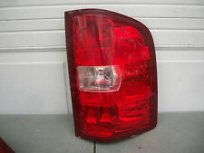 CHEVY SILVERADO 07 08 09 SIERRA 2500 3500 10 11 12 13 14 TAIL LIGHT OEM RH