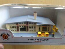 Bachmann N Scale Railroad Buildings, 55-7404 Shell Gas Station