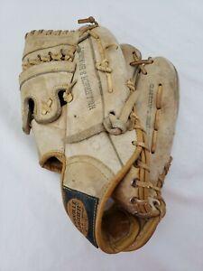Vintage Louisville Slugger Hillerich Bradsby LSC30 Citation RHT Baseball Glove