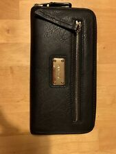 Womens Nine West Black Bifold Wallet With Zipper And Gold Features