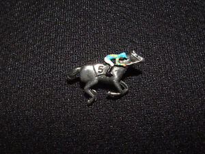 AMERICAN PHAROAH 2015 BELMONT STAKES HORSE RACING JOCKEY SILKS #5 PIN BUTTON