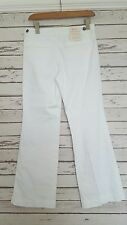 NEW BANANA REPUBLIC LADIES WHITE JEANS 28 WAIST PETITE KICK FLARE LTD EDITION