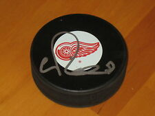 Valtteri Filppula #51 signed Detroit Red Wings NHL Hockey Puck COA