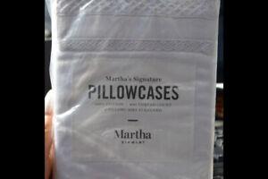 Martha Stewart 100% COTTON 400 THREAD COUNT 2 STANDARD PILLOWCASES NIB
