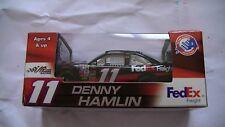 Voiture neuve nascar course rallye 1/64 Denny Hamlin!Edition limitée!