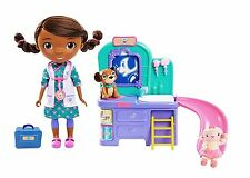 Doc McStuffins Pet Clinic Doll Ages 3+ New Toy Doll Lambie Findo Girl Bath Slide