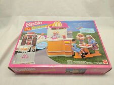 1994 Barbie Mcdonalds restaurant with talking drive-Thru