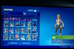 Stacked Fort Account LOTS OF SKINS FROM OG SEASONS (RAFFLE)