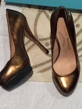VIVIENNE WESTWOOD SIZE 3/36 GOLDEN SEXY HIGH HEEL FROM FAMOUS DESIGNER BNWB
