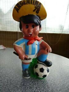 Fußball Argentina 78 - Maskottchen - Gauchito Gummi Sparkasse - groß