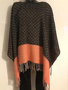 Ex Oasis Ladies Knitted Poncho