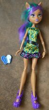 Monster High CLAWDEEN WOLF Doll with accessories
