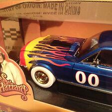 1968 Mustang Reunion Car WHITE LIGHTNING Chase 1:18 Ertl American Muscle 21957