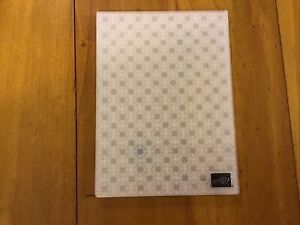 stampin up Diamond Embossing Folder