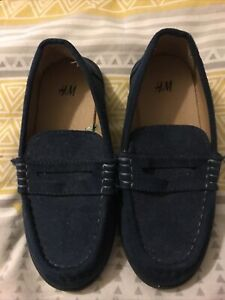 Boys H&M Blue Suade Loafers Size 9.5 Jnr Worn Once