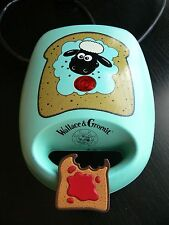 WORKING VINTAGE 1989 WALLACE AND GROMIT / SHAUN THE SHEEP - SANDWICH MAKER