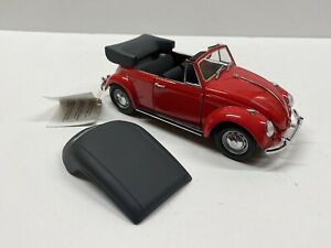 Franklin Mint 1967 Volkswagen Cabriolet 1:24 Scale Die Cast Car with Hangtag