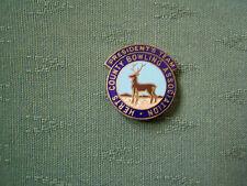 OLD HERTFORDSHIRE COUNTY BOWLING ASSOCIATION PRESIDENTS TEAM ENAMEL PIN BADGE