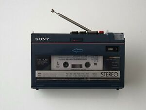 VINTAGE SONY WALKMAN PERSONAL RADIO CASSETTE PLAYER / RECORDER WA-55