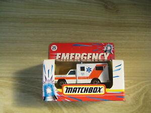 MATCHBOX SUPERFAST  MB25 FORD AMBULANCE PARAMEDICS   ABSOLUTELY MINT