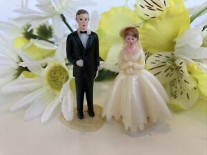 Vintage Small Wedding Topper Bride and Groom on Hearts
