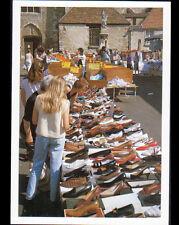 ETAMPES (91) MARCHANDE de CHAUSSURES au Marché en 1989