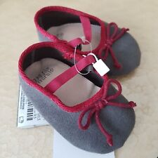 Zara Mini 0-3m Infant Shoes, Suede, Size 15/16 with bow