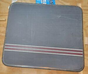 Vintage (1960s) Globester Luggage. Original Keys, Hangers, Lining, Airline Tags
