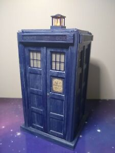 2nd Doctor Who TARDIS Electronic Light & Sound FX Abominable Snowman Set Classic