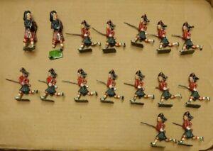 P381 16 Vintage Britains Ltd. Cast Soldiers Scottish Highlander Dragoons w/Rifle