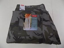 30 X 34 WRANGLER LOOSE FIT CARGO JEANS -CAMO-  NWT
