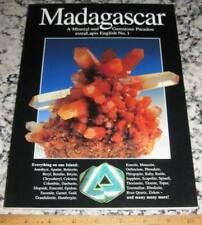 extraLapis English No. 1 Madagascar A Mineral & Gemstone 00006000  Paradise 2001 Pegmatite