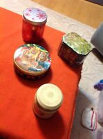 Lot of 4 cookies treats fillable empty round metal tins - Christmas And Misc