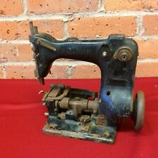 Antique Cast Iron Industrial SINGER SEWING MACHINE for Parts