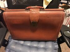 Vtg Doctor Bag Briefcas Portfolio Attache Satchel Leather Bag