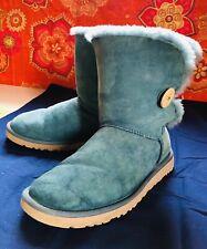 UGG Australia Classic Bailey Boots Button II Sheepskin Teal Boots Size US 8