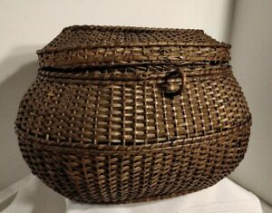 ANTIQUE WOVEN SEWING BASKET BOX, lid, no clasp