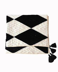 Handmade Black White Velvet Quilt  ZigZag Comfort  Bedding gift Velvet Blanket