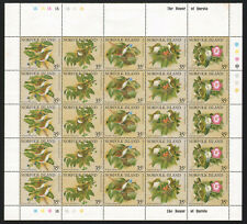 1981. NORFOLK ISLAND. WHITE - THROATED BIRD. BLOCK FROM 5 STRIPS. MNH