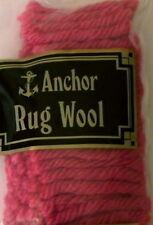Articoli rosa per lavoro a maglia e uncinetto