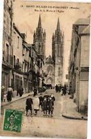 CPA  Saint-Hilaire-du-Harcouet (Manche) - Rue de la Motte et l'Eglise   (209552)