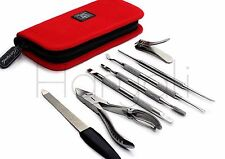 Manicure and Pedicure kit Made with the Stainless Steel Comes With a Zipper case