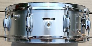Vintage LUDWIG Standard Snare Drum Late 60s/Early 70s w/ Clamshell drum case