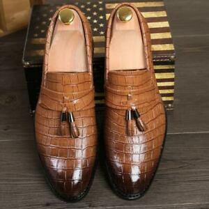 Men's Casual Dress Shoes Retro Brogue Casual Pointed Toe Slip On Tassels Loafers