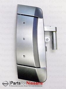 Genuine Nissan 350Z Right Hand Outer Door Handle 2003-2006 OEM