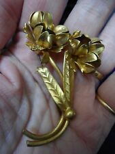 PRETTY, VINTAGE MID CENTURY LARGE GOLD PLATED FLORAL SPRAY BROOCH