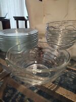 Set 9 Glass Cereal Bowls & 9 Salad Plates