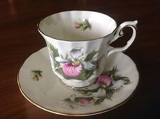 Elizabethan England teacup and saucer Lady's Slipper Canadian Provincial Flower