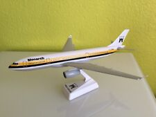 Monarch Airlines Flugzeugmodell 1:200