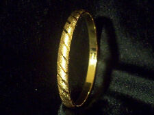 Vintage Gold Tn Monet Signed Diagonal Line Textured Bangle Bracelet Sz Medium